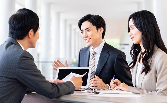 優秀な営業マンの特徴と営業スキルとは。ナレッジ共有で現場と組織で ...