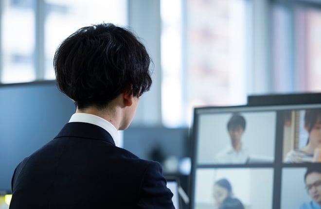エンゲージメントが下がっている社員のイメージ画像