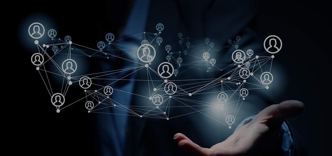 ペイパル社は90秒のビデオで世界中の従業員間を繋ぐ