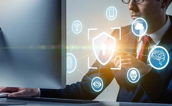 Web会議のセキュリティ対策!確認すべき4つのポイントとおすすめツールを紹介