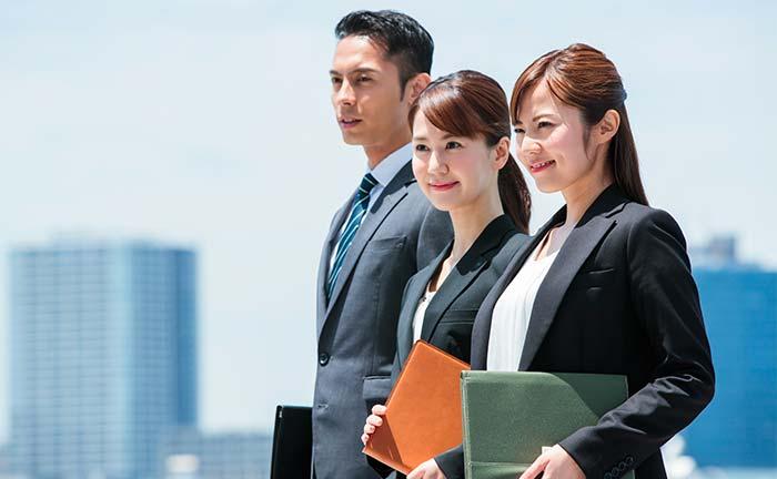 優秀な営業マンの特徴と営業スキルとは。ナレッジ共有で現場と組織で活躍する営業マンを育てる