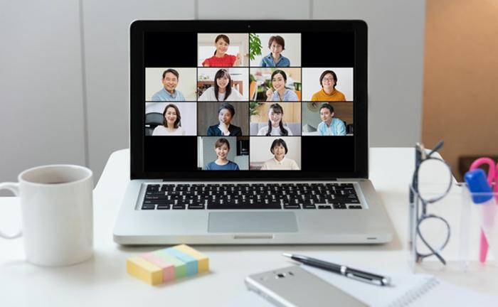 ZoomとQumuの連携で毎日のWeb会議がもっと便利に!録画データの活用や配信時に知っておきたい便利ワザを紹介
