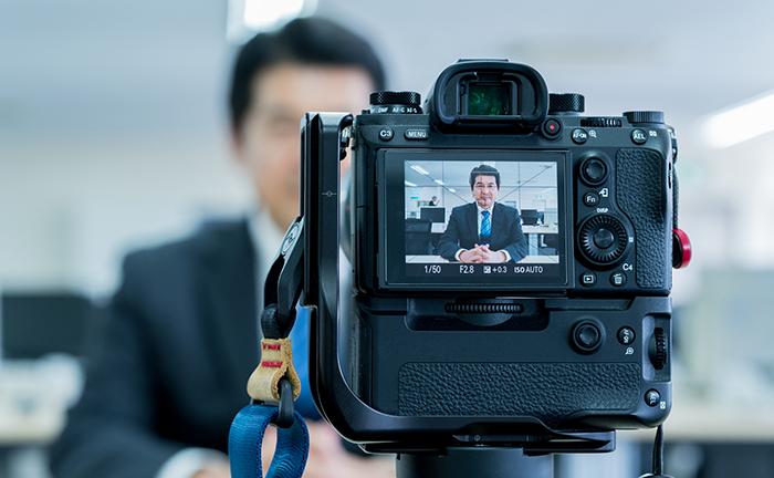 社内の情報共有や従業員エンゲージメントの向上に! 社内の動画活用法とツールの選び方を解説!