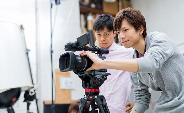 ウェビナー配信成功の鍵はカメラにあり!失敗しないカメラ選びのコツとおすすめ4選